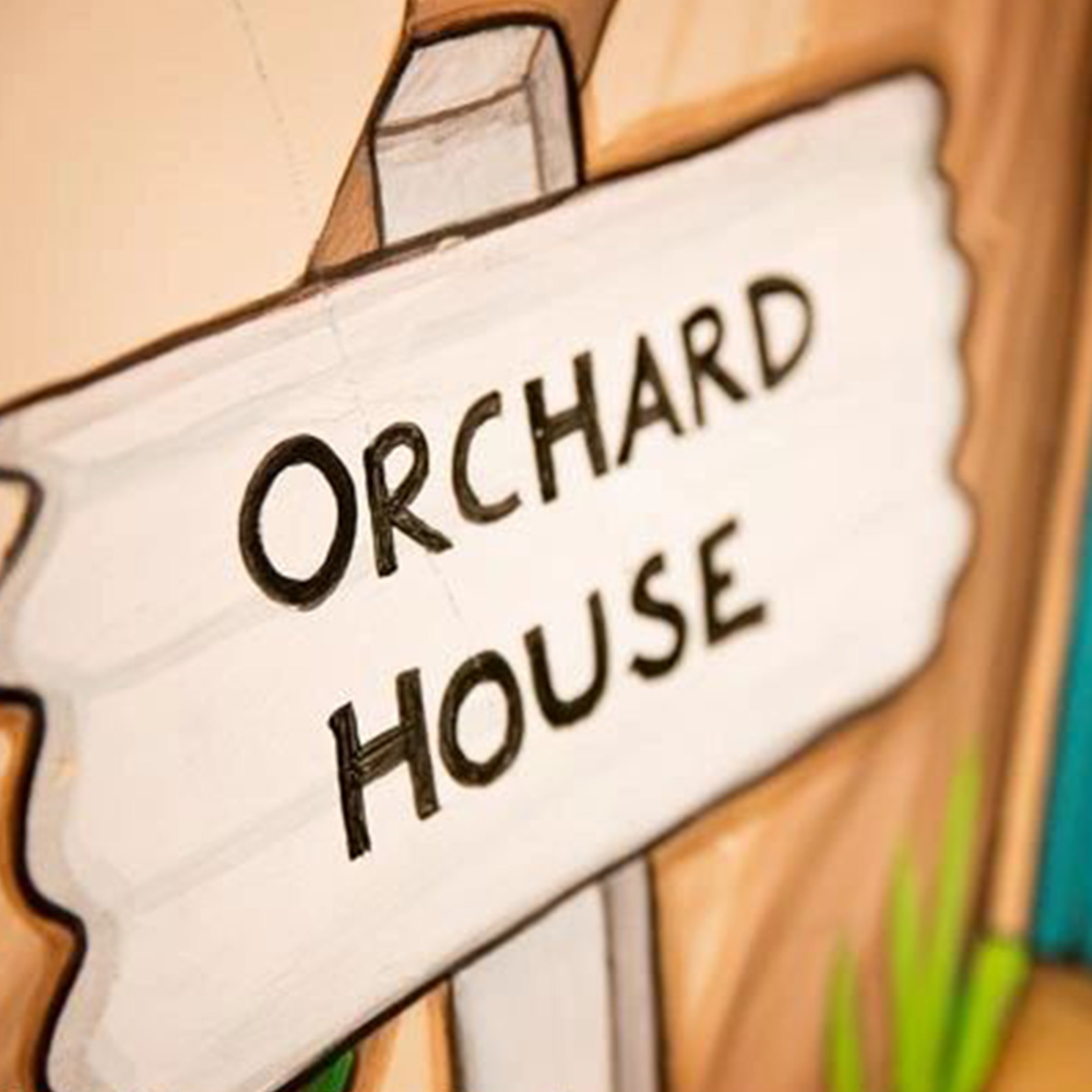 orchard house sign-post